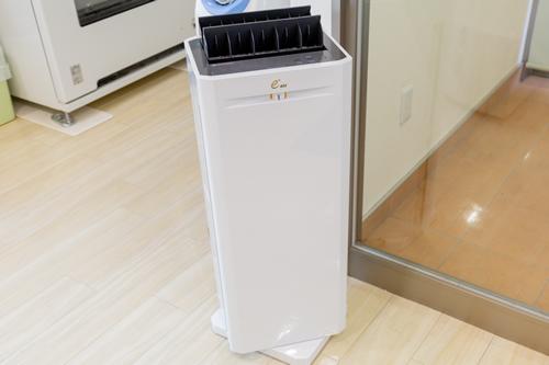 高精度な空気清浄機を使用しています